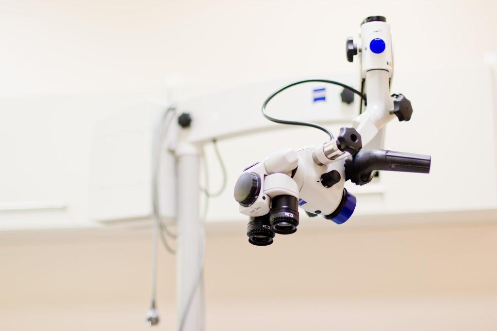 Mikroskop - leczenie kanałowe